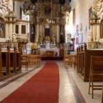 krzywy kościół